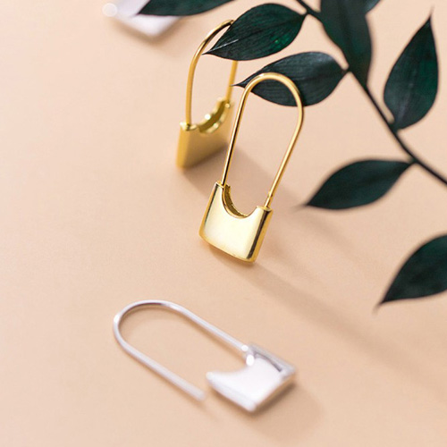 [UNISEX] SQUARE SAFETY PIN PIERCE (2color 1ea)
