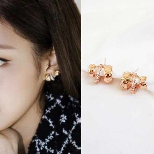 BLACKPINK/JENNIE st. QUILTTED PIERCE (2color)
