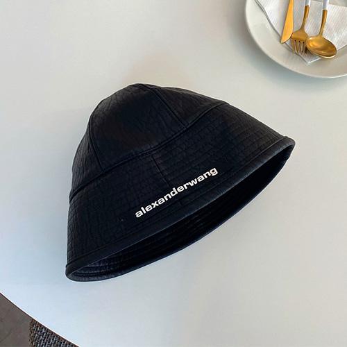 [UNISEX] AW LEATHER BUCKET HAT
