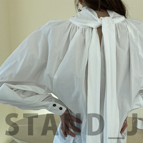 [STAND_J] RIBBON STRAP POINT BLOUSE (2color)
