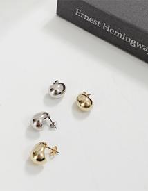 Mini round earring