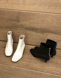 Globe ankle boots ♩