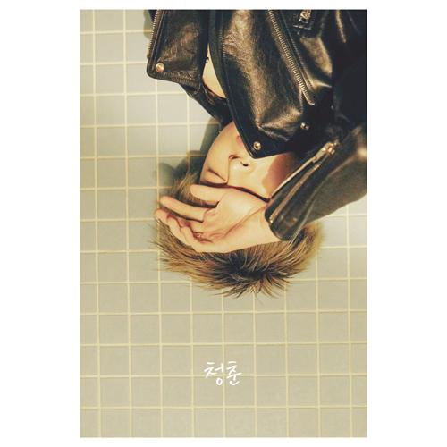 iKON (Icon)-[Youth-Volume 1] (Koo Junhoe)
