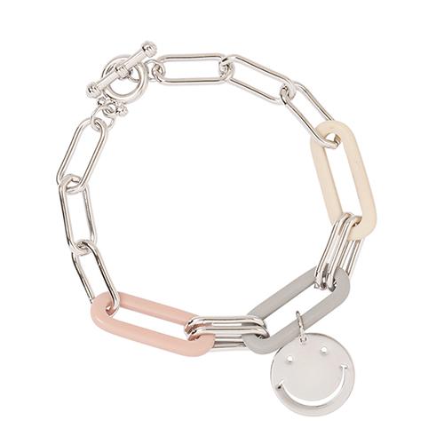 On my Smile Bracelet