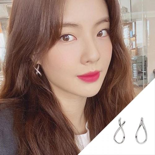 Instagram Lee Sunbin earring Royal Wave Earring