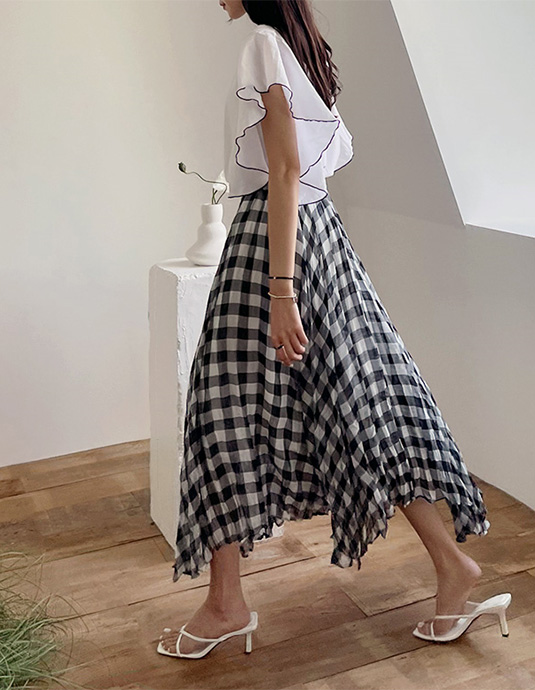 Pleats Check Skirt