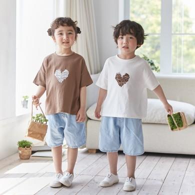 チョコレートハートショートTシャツ子供21B04K /ファミリールック、家族の写真の衣装