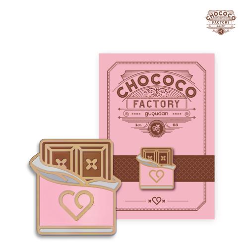 九九 -  Act.3 Chococo factory [公式バッジ/ OFFICIAL BADGE]