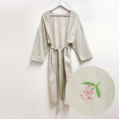 ROBE FOR MOM: FLOWER EMBROIDERY
