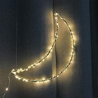 MOON LIGHTING<br/>