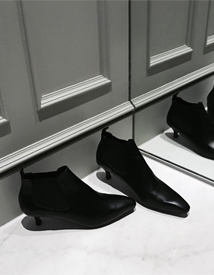 158 ankle boots ♩