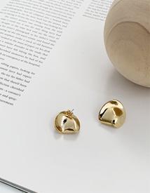 Round shape earring