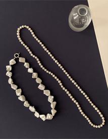 Nine jinju necklace
