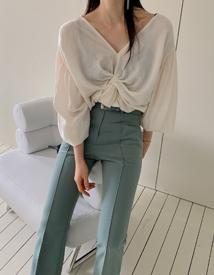 Ggoim blouse