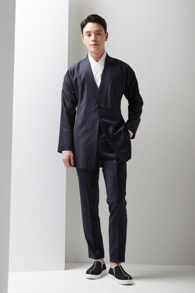 Navy Symmetric Lapel Hanbok Suit Long Jacket