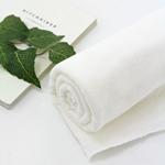宽毛巾纯白