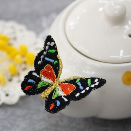 韓服装飾立体刺繍多くの蝶韓服部材
