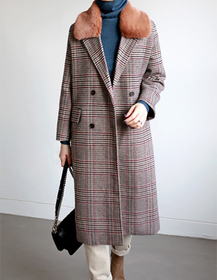Stoney check fur coat