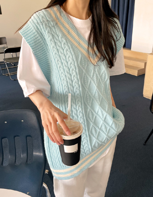 V-neck Long knit Vest