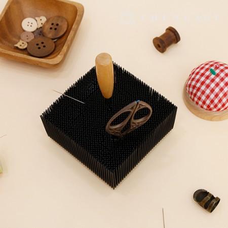 Multipurpose scissors rack pen scissors sewing supplies organizer