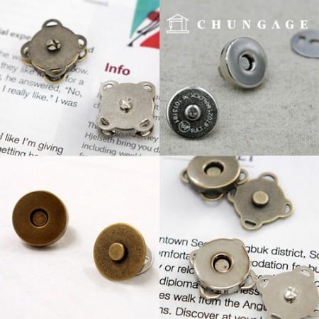Appliqué snapping magnet button bag accessory Eco Bag collection exhibition