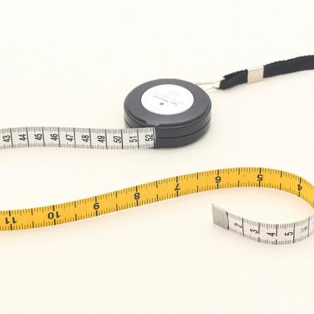 Tape measure necklace type automatic tape measure