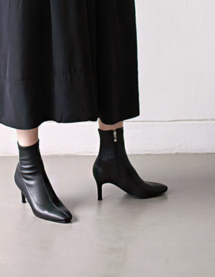 ray span ankle boots