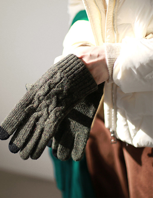 Cable wool gloves
