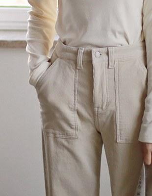 Square Pocket Corduroy Pants
