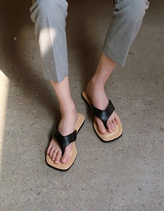 Live Flip-flops