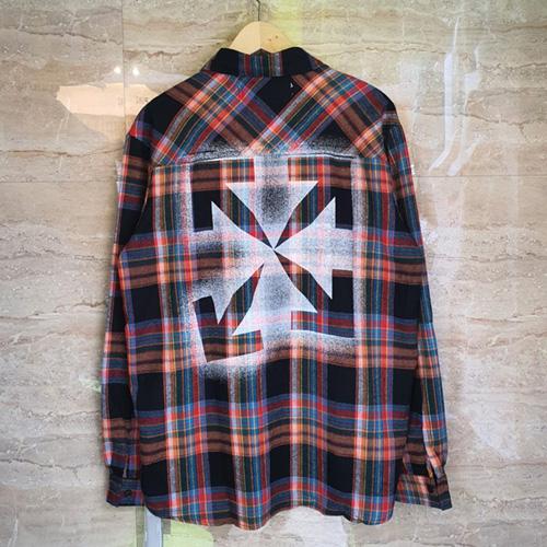 [UNISEX] スプレーアローチェックシャツ (2color)