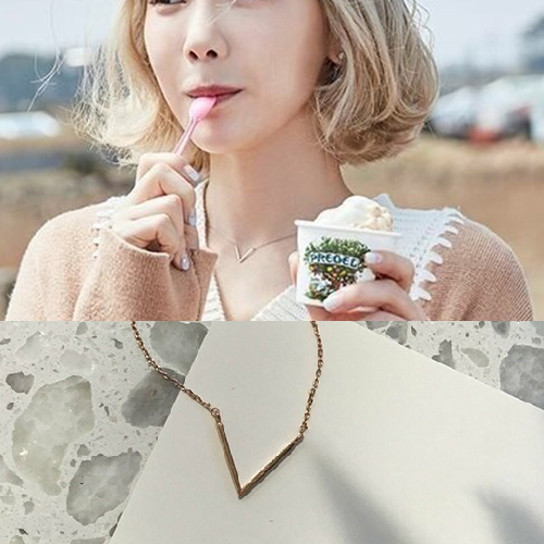 SNSD Taeyeon st. ミニVネックレス (3color)