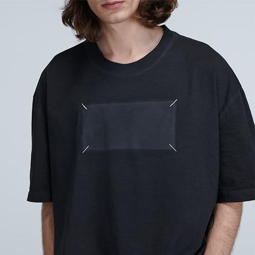[UNISEX] メモリスクエアTシャツ/半袖