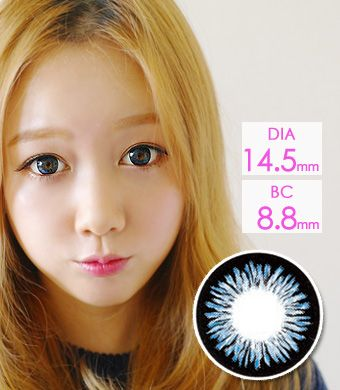 """<FONT COLOR=""""4697f2""""> [ Lucky! ¥990]</FONT>高発色 【1年カラコン】 Sharon  Blue (ADS) /1223</BR>"""
